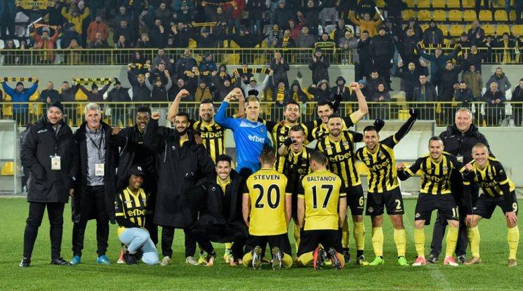 Ботев на 1/2-финал за Купата след гръмка победа срещу Литекс (видео)
