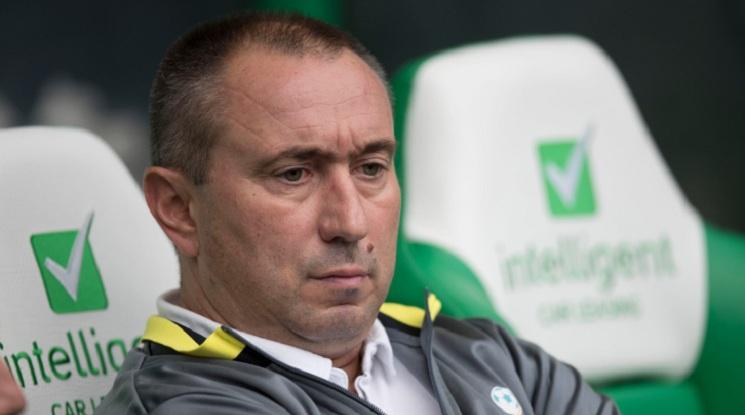 Стоилов: Преговарям с няколко клуба от Европа