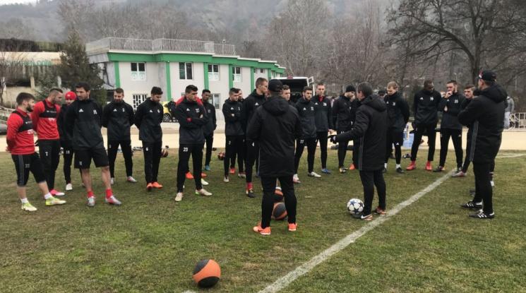ЦСКА с първа тренировка в Сандански