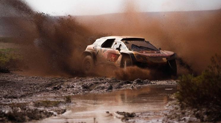 Петерханзел счупи окачване, Сайнц е новият лидер в Дакар 2018
