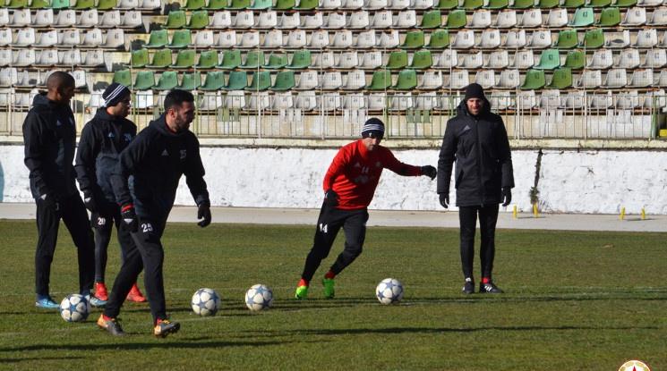 Само четирима тренират с ЦСКА в Сандански