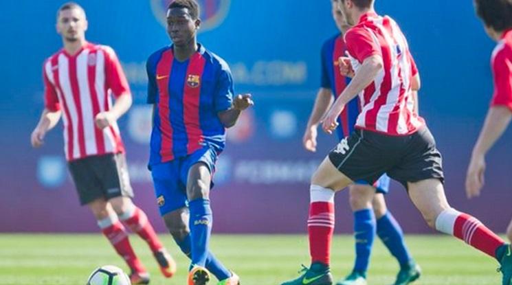 Официално: Етър се подсили с юноша на Барселона