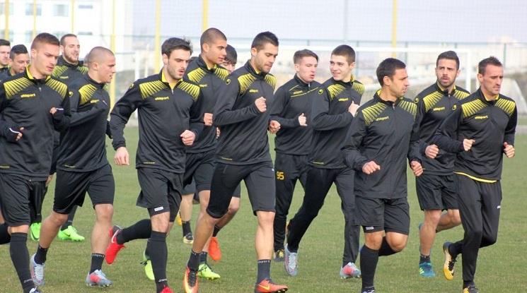 Ботев поднови тренировки след загубата от Левски
