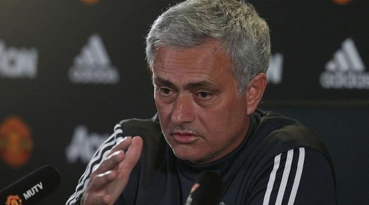 Моу критикува медицинския щаб на Юнайтед