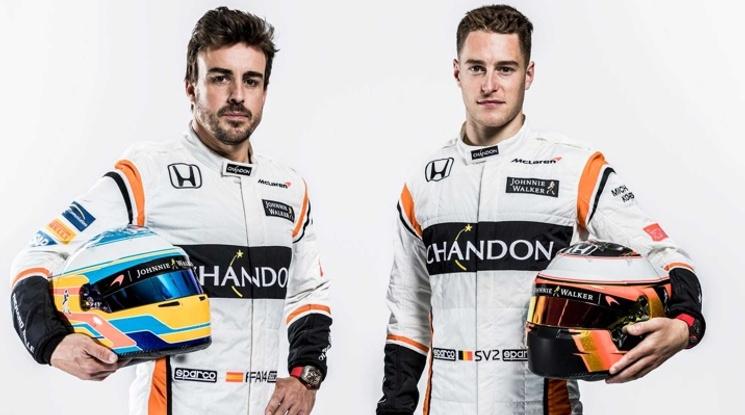 Алонсо и Вандорн представиха болида на Макларън за новия сезон