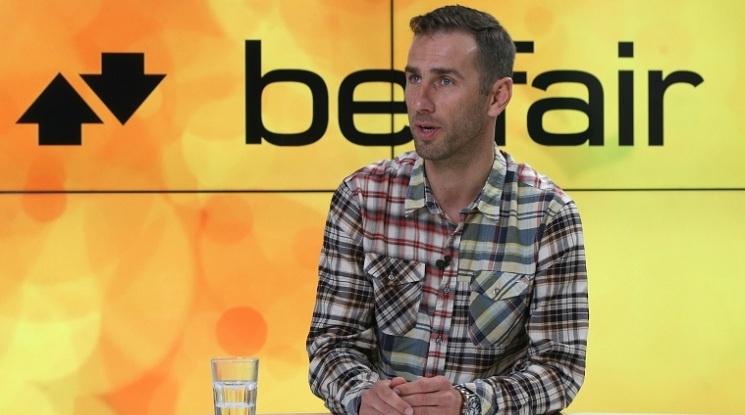 Сакалиев: Битката за първото място се решава извън терена