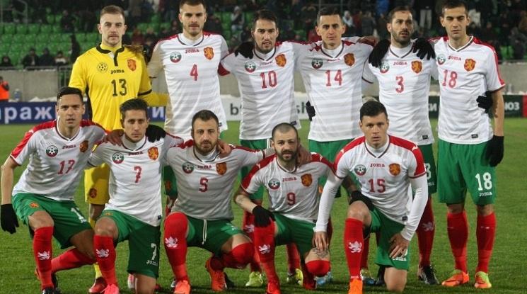 Хубчев променя схемата за мача с Казахстан