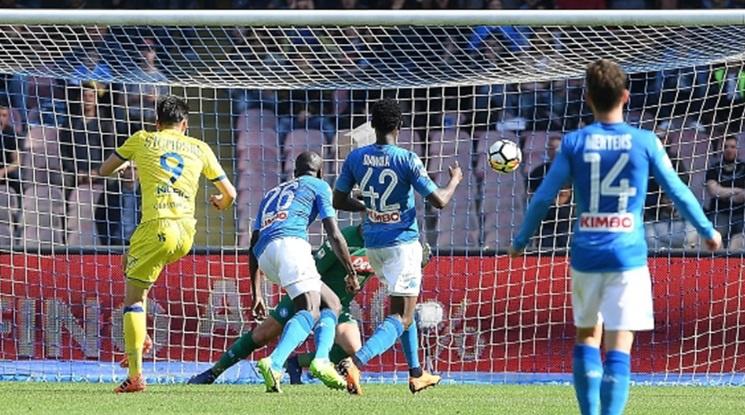 Наполи продължава да мечтае за Скудето след невероятна драма срещу Киево (видео)