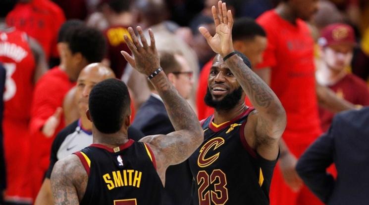 Кливланд разби Торонто и очаква съперника си във финала на Изток