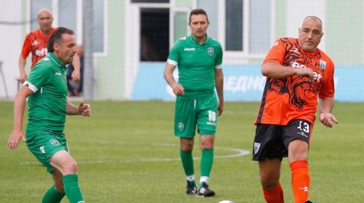 С гол на премиера Бойко Борисов Витоша Бистрица би Лудогорец и е на финал