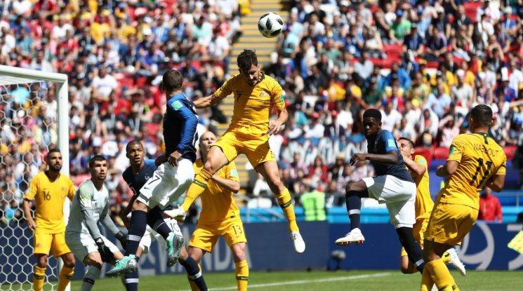 Франция потегли с измъчена победа срещу Австралия (видео)