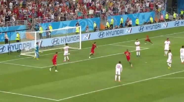 Португалия едва оцеля срещу Иран, спестиха изгонване на Роналдо (видео)