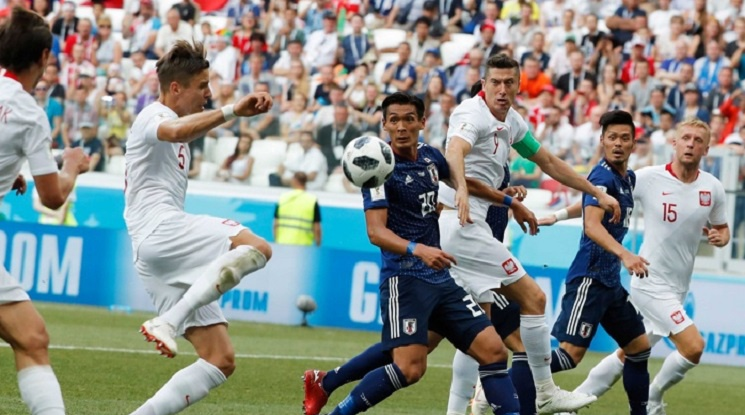 Невероятна въртележка изпрати Колумбия и Япония на осминафинал (видео)