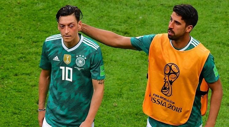 Оливер Кан: Кедира и Йозил провалиха Германия