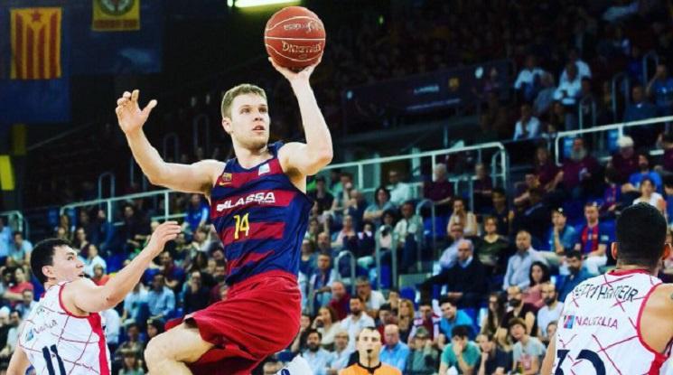 Барселона потвърди раздялата с Везенков