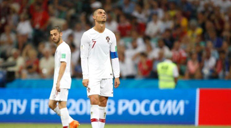И Роналдо стяга багажа за вкъщи! Уругвай елиминира Португалия (видео)