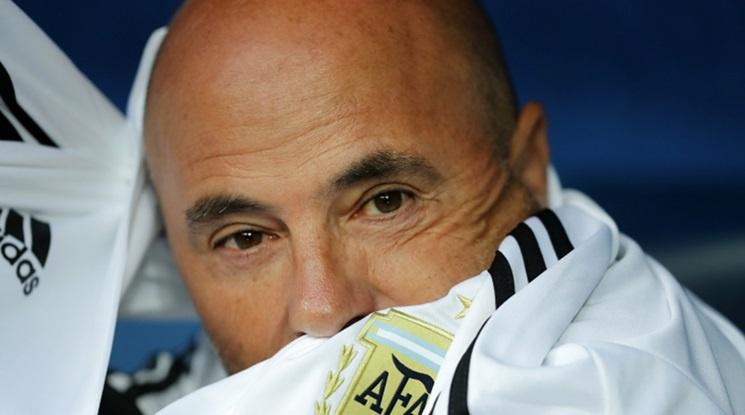 Сампаоли все пак напуска поста селекционер на Аржентина