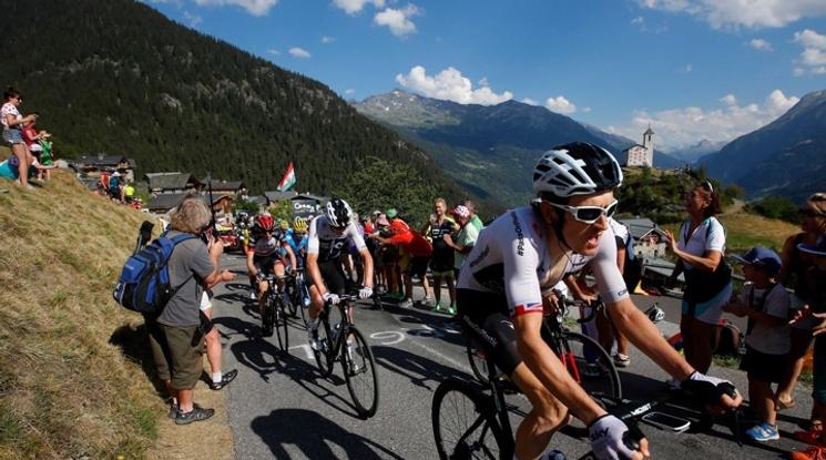 Герайнт Томас поведе в Тур дьо Франс, Фрум вече е втори