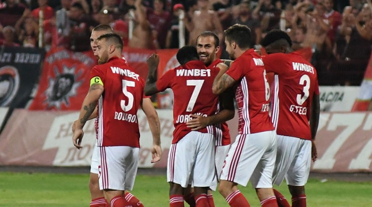 Перфектен ЦСКА в първия мач срещу Адмира, Десподов вкара два (видео)
