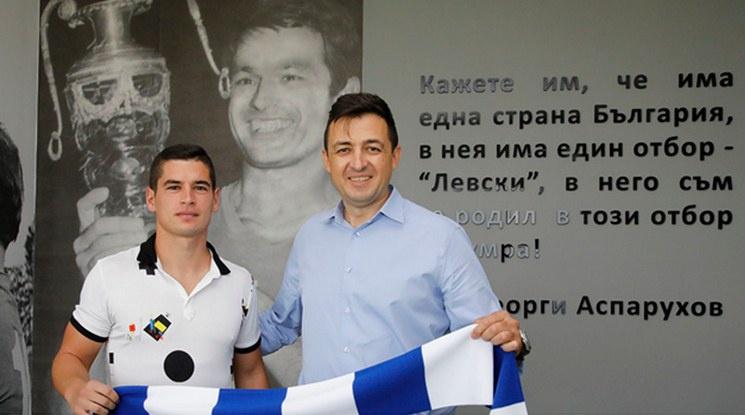 Официално: Иван Горанов подписа нов договор с Левски