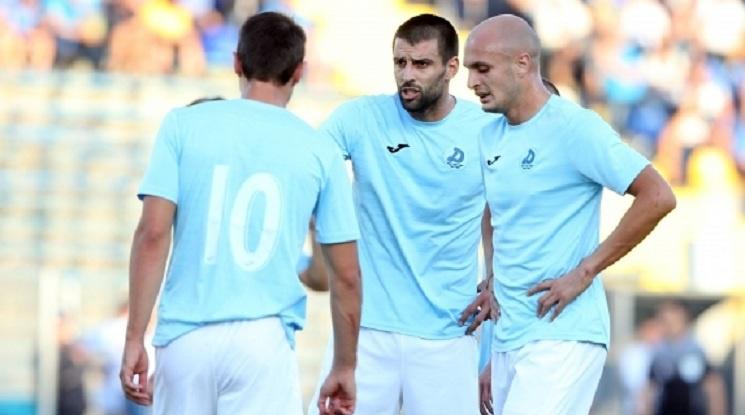 Дунав взе трите точки срещу Септември (видео)