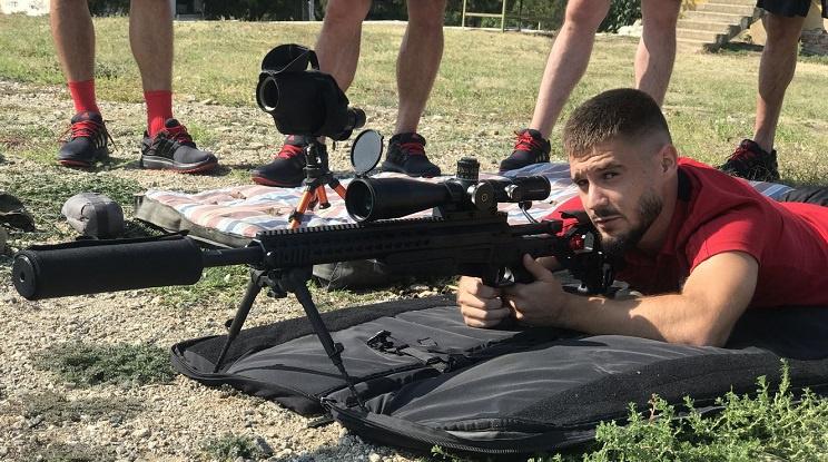 Футболистите на ЦСКА показаха умения по стрелба