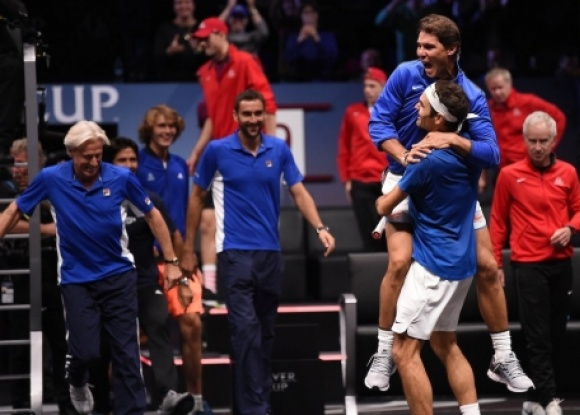 Федерер срещу Серина в исторически двубой