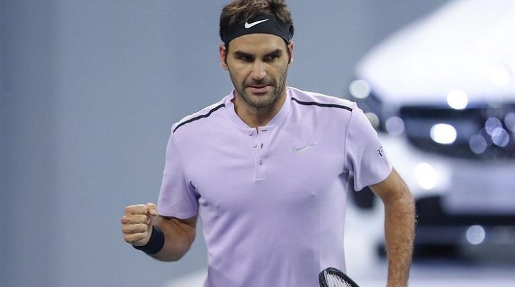 Федерер продължава напред в Шанхай