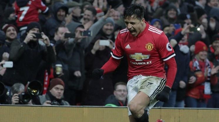 Санчес пропусна последната тренировка на Юнайтед преди двубоя с Юве