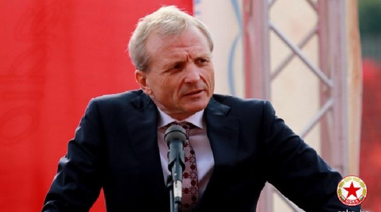 Гриша Ганчев обмисля оттегляне от футбола
