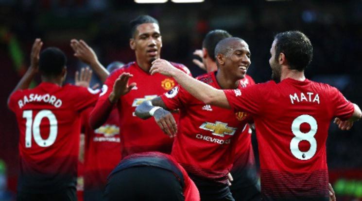 Ман Юнайтед прекъсна негативната серия с разгром над Фулъм (видео)