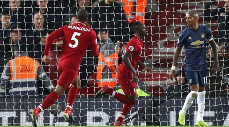 Ливърпул разказа играта на Юнайтед и се върна на върха (видео)