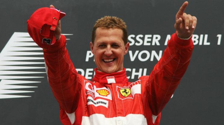 Формула 1 отдаде почит към Шумахер