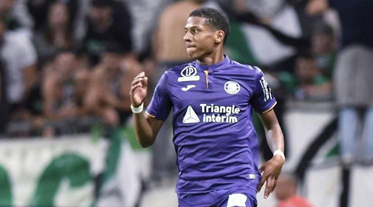 Официално: Барса се подсили с млад бранител от Лига 1