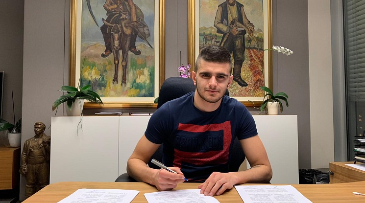 Официално: Стойчо Атанасов преподписа с ЦСКА