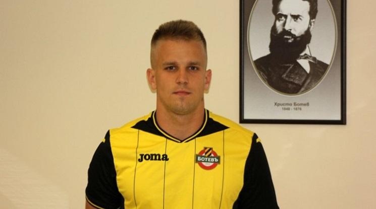 Даниел Кайзер остава в Ботев Пловдив
