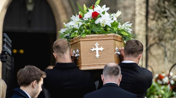 Англия се сбогува с легендарния вратар Гордън Бенкс