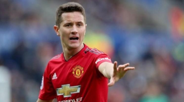 Официално: Полузащитник се разделя с Юнайтед