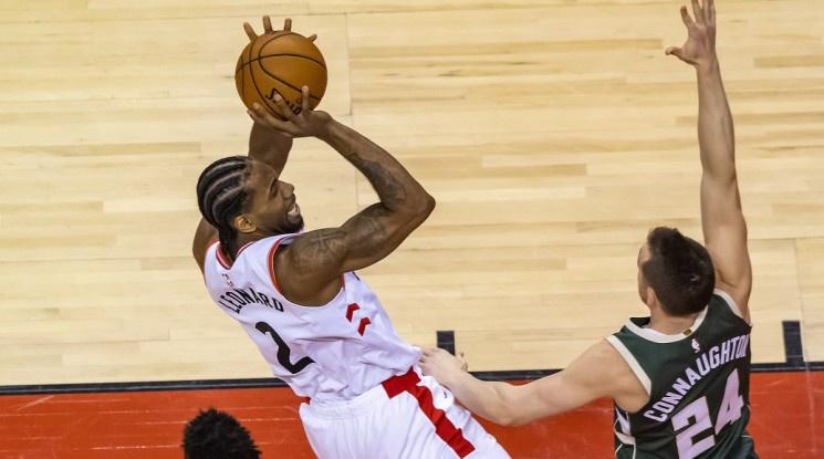 Торонто надигра за втори път Милуоки и завърза финалната серия на Изток