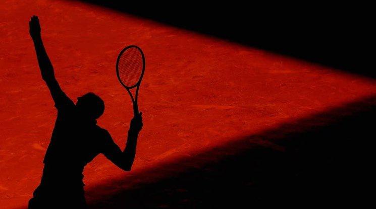 Спряха правата на двама български тенисисти по съмнения в корупционни практики