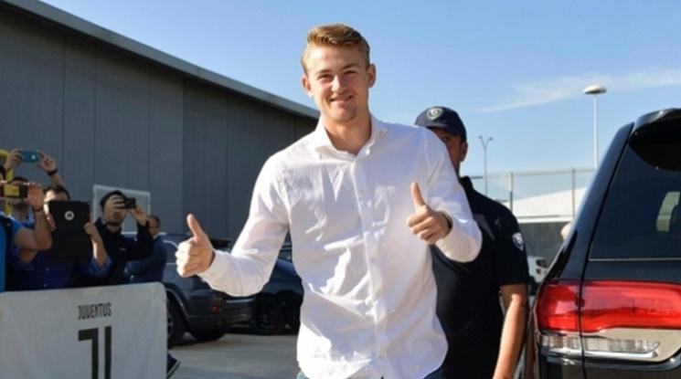 Официално: Де Лихт подписва с Ювентус