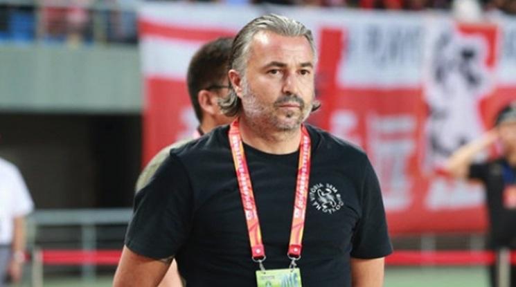 Ясен Петров си тръгва от Китай