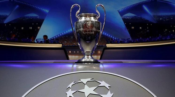 Аякс се класира в груповата фаза на Шампионската лига