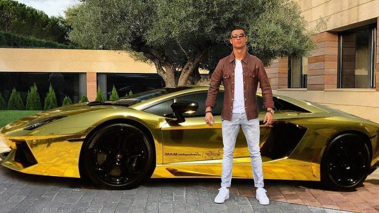 Роналдо: Имам около половин милиард в банката
