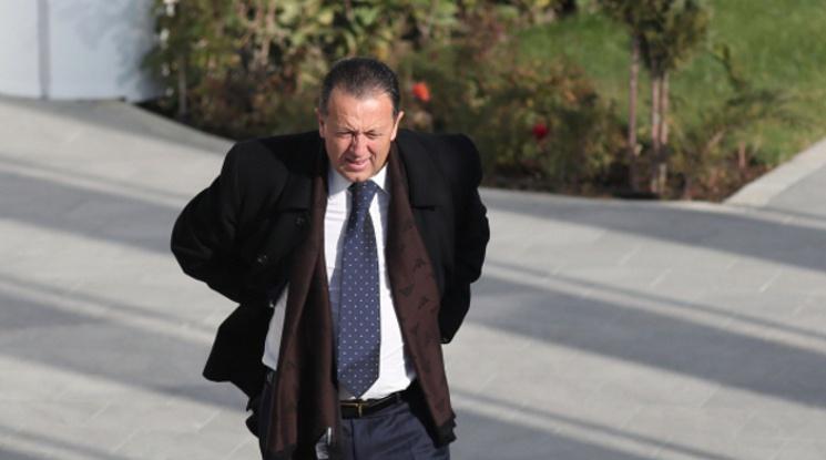Атанас Фурнаджиев също подаде оставка