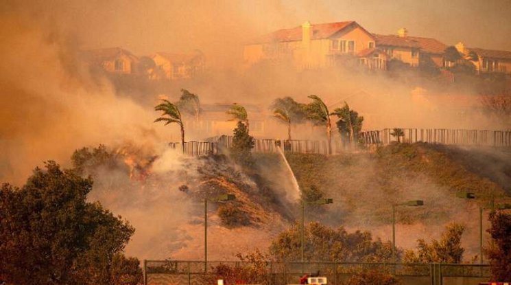 ЛеБрон сред евакуираните заради горските пожари в Калифорния