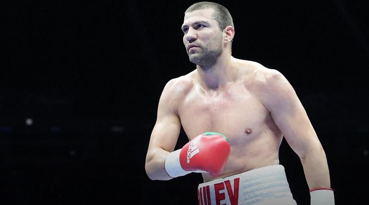 Тервел Пулев с 14-а поредна победа на професионалния ринг