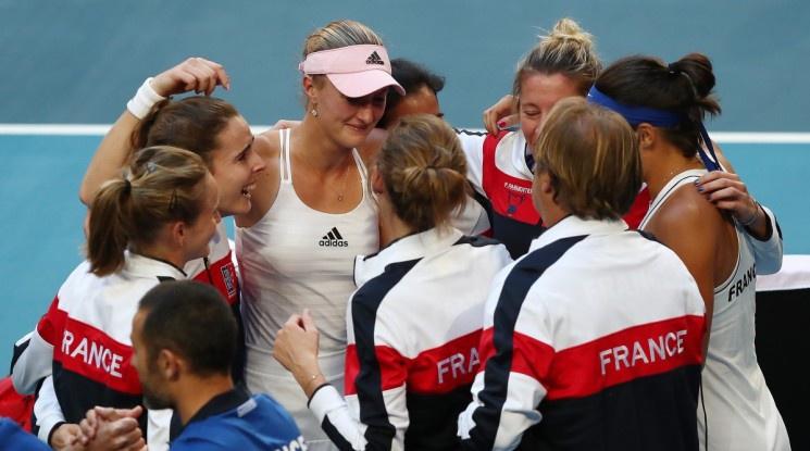 Франция надви Австралия и триумфира във Фед Къп