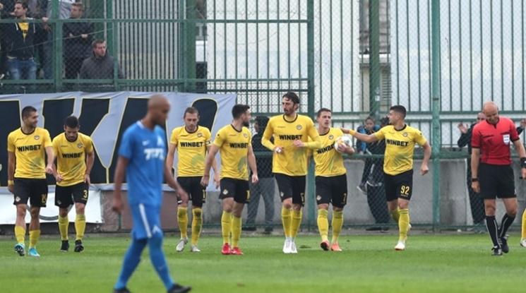 Триумф за Ботев в дербито с Левски