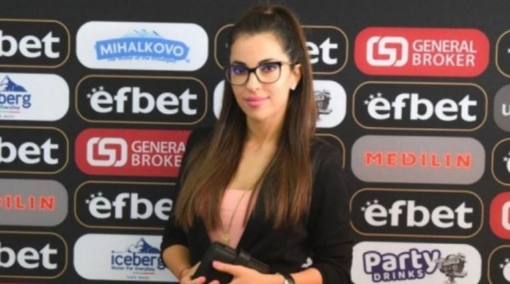 Курьор иска в Локомотив заради новата психоложка